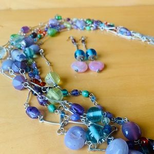 J304  set of linked glass bead necklace/earrings